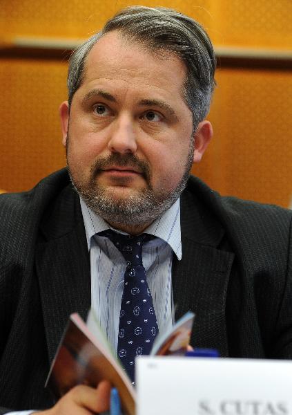 s-cutas-eurodeputat-european-pc